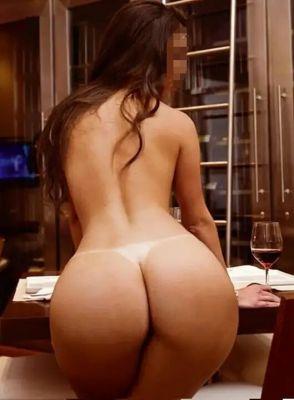 Заказать девушку от 3000 руб. в час (Саша, 28 лет)